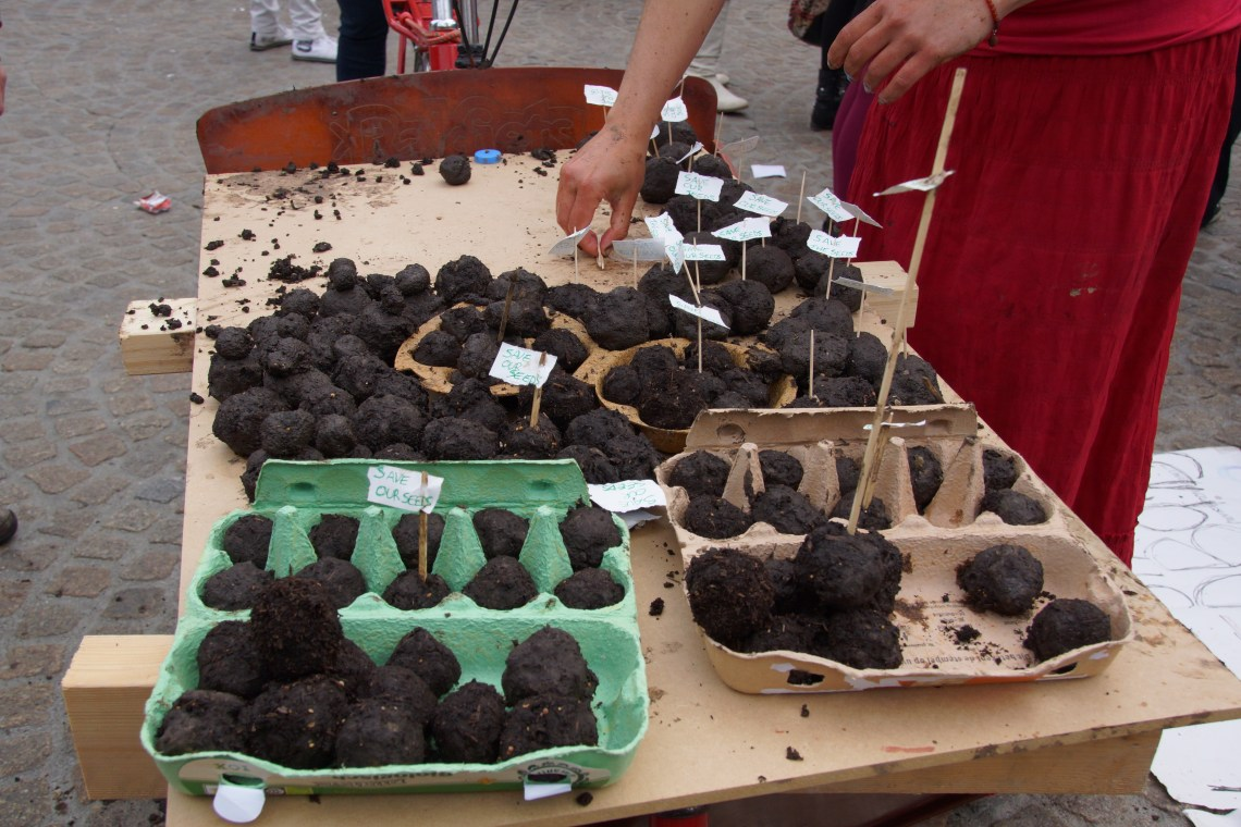 Seed_Bombs_for_Monsanto