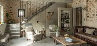 Create A Country Chic Living Room Decor - Groomed Home