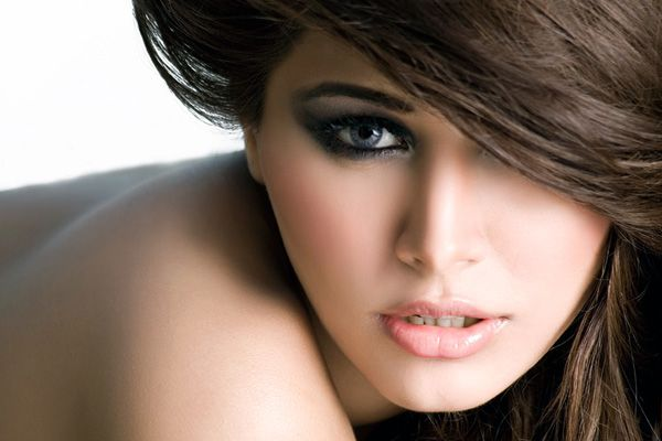 Mehwish Hayat Hd Wallpaper Top 10 Sexiest And Hottest Pakistani Models Of All Time