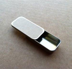 sliding-tin