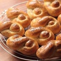 Braided bread rolls