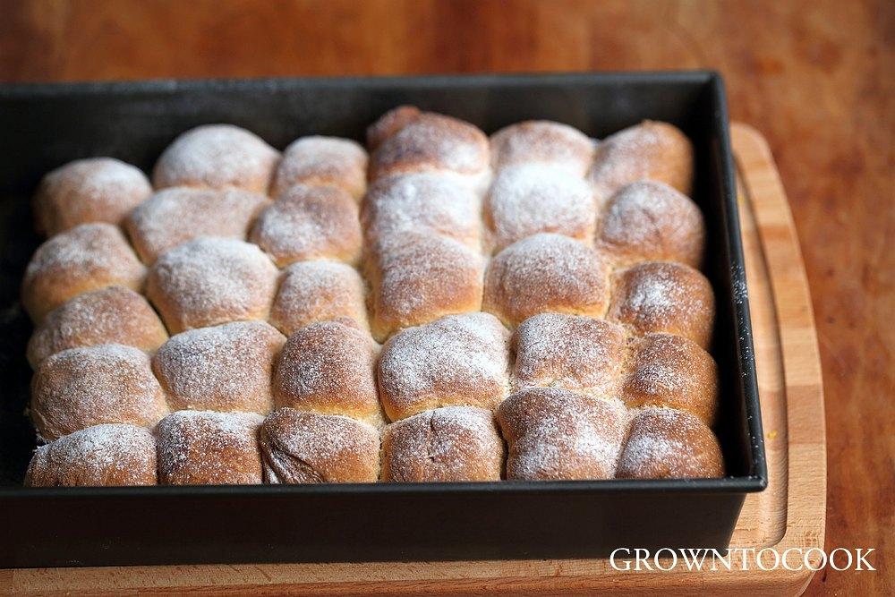 Buchty, sweet Czech buns