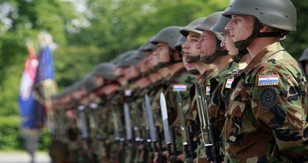 hrvatska-vojska.jpg
