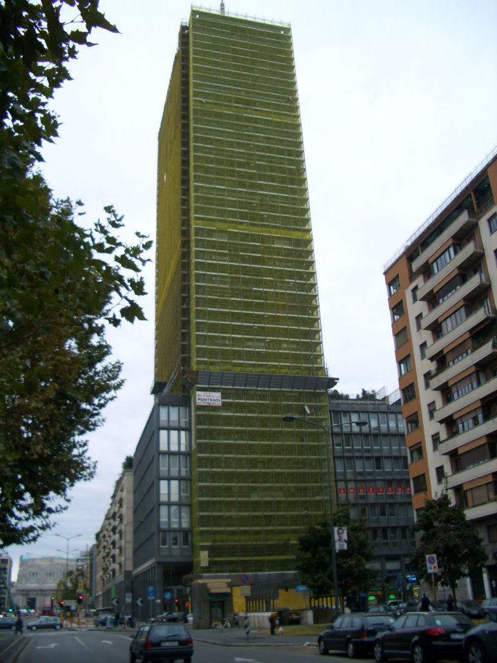 Torre Breda h. 117 metri - Gruppo Di Falco Ponteggi