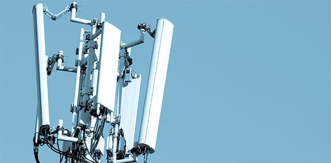 650-radio-mast