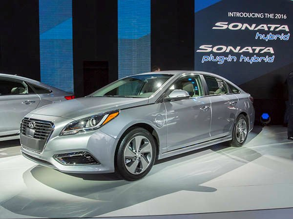 2016 hyundai sonata hybrid. Black Bedroom Furniture Sets. Home Design Ideas