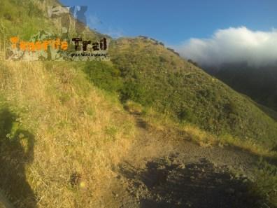 Cruce sendero que viene de Los Catalanes detalle subida hacía Pico del Inglés