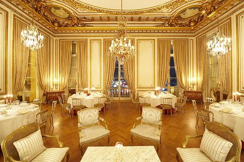 Fall Ceiling Wallpaper Hd Demande En Mariage Restaurant Paris Romantique Drague T 234 Te
