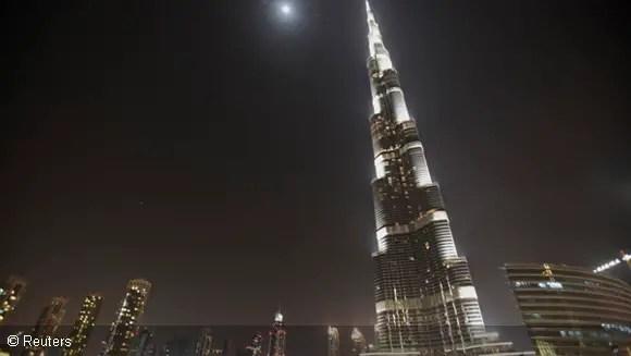Skyscraper Wallpaper Hd 8 Burj Khalifa Records For Skyscraper Day Guinness World