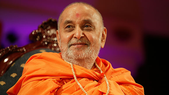 Baps Ghanshyam Maharaj Hd Wallpaper Pramukh Swami Maharaj Founder Of The World S Largest
