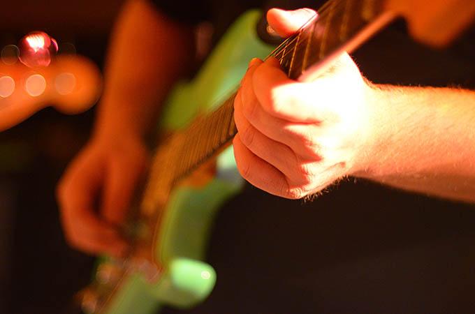 The Unforgiven Metallica Guitar Player Box - Easy guitar songs for
