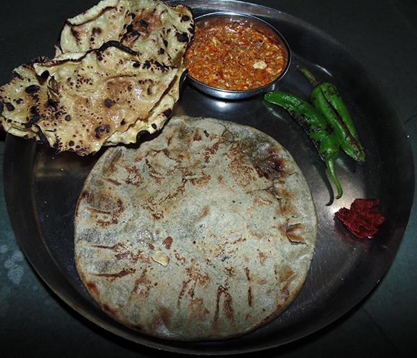 Kathiyawadi Mix Spicy Shaak (Eggplant-Peanut)