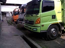 Perusahaan Freight Forwarding dan Perusahaan Angkutan Barang