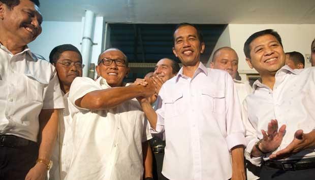 Jokowi Menjilat Ical...ngapain dan Mengapa Gak Dari Dulu