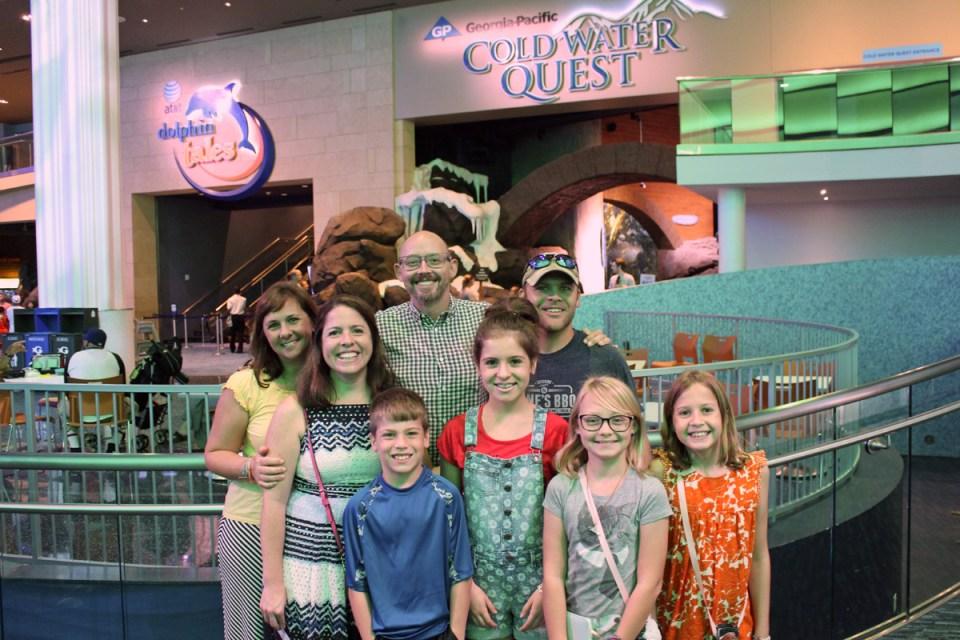aquarium-fullgroup