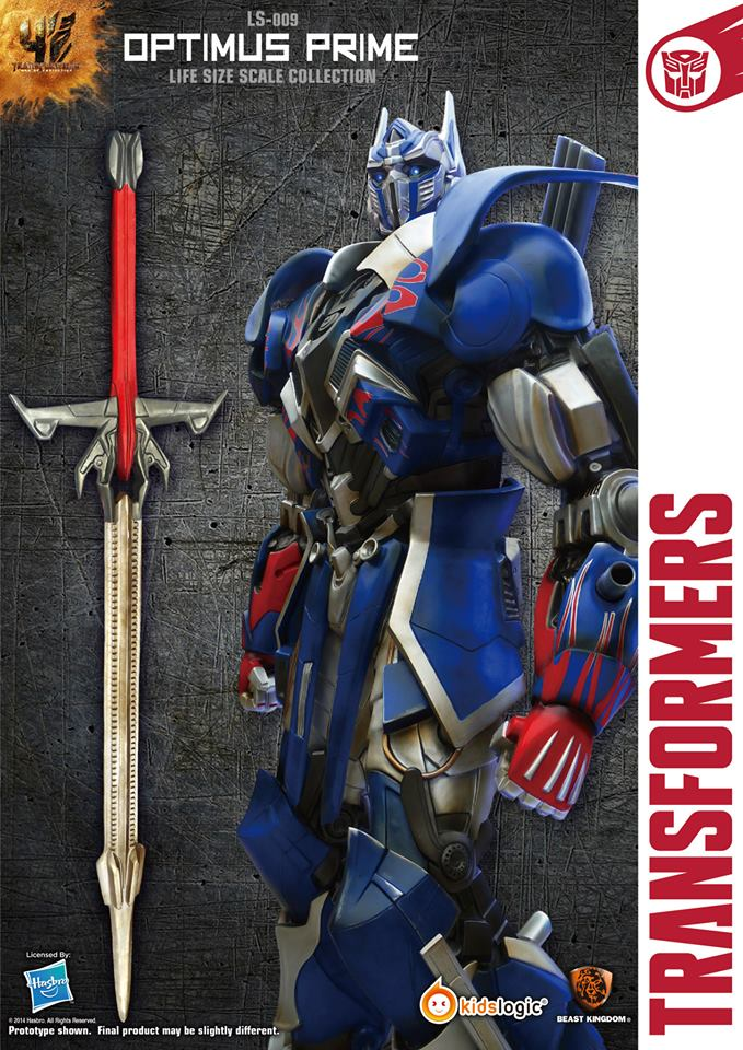 3d Moon Wallpaper 10 Feet Tall Life Size Optimus Prime And Bumblebee