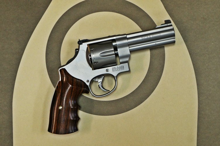 Smith & Wesson 625 right side
