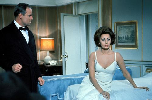 (stills 11806) Marlon Brando with Sophia Loren