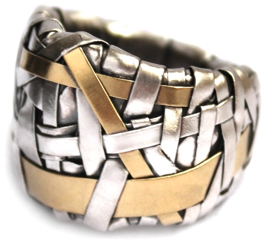 ring band handcrafted in fine silver and gold by artist designer maker gurgel-segrillo, cork city, ireland