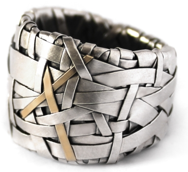 ring band handcrafted in silver and gold by designer gurgel-segrillo