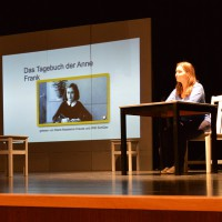 Der 7. Jahrgang lernt das Tagebuch der Anne Frank kennen | Gymnasium Lehrte