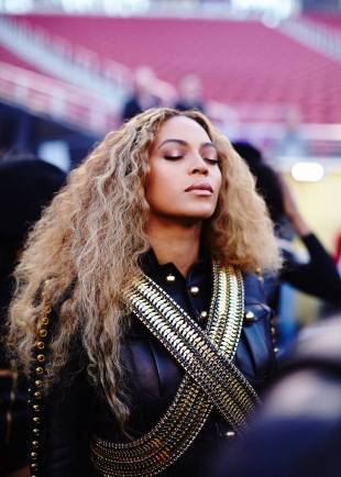 beyonce-hair-goals-hollywood-london-hairgoals-hairgoalshollywood-superbowl-global
