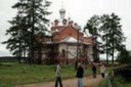 Свято-Никольский храм в селе Сура