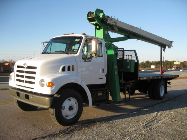 Sterling Trucks \u2013 The Complete Sterling Truck Story
