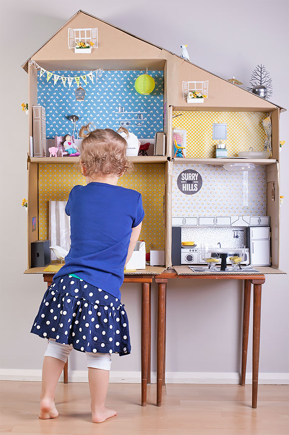 6 Ways To Make A Cardboard Dollhouse ⋆ Handmade Charlotte