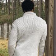 greyBuckleSweater_2