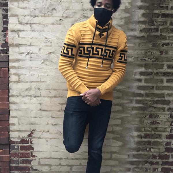 yellowSweater_1