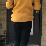 yellowSweater_2