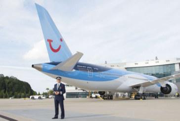 Første 787-9 Dreamliner til Thomson