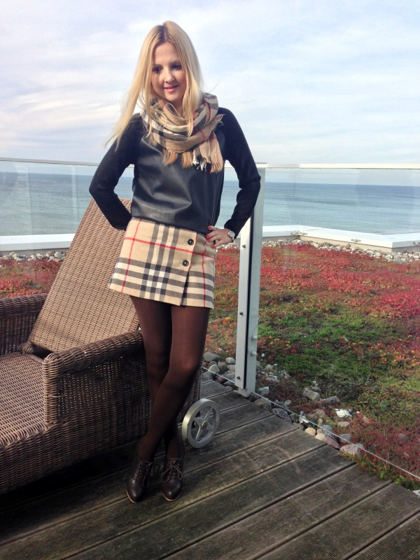 Burberry skirt & Burberry scarf