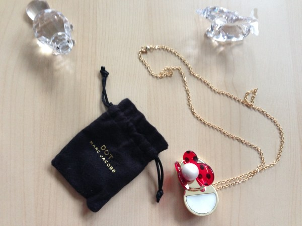 Marc Jacobs DOT solid parfume necklace