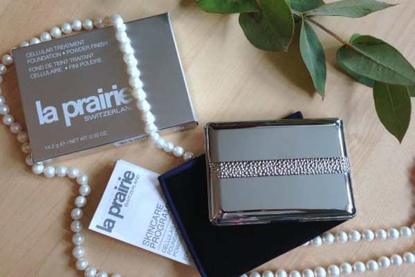 La Prairie Cellular Treatment Foundation - Powder Finish