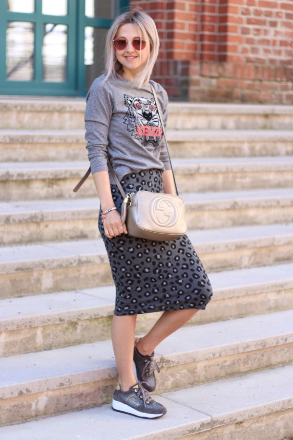 Kenzo Shirt, Gucci Tasche, Ray-Ban Sonnenbrille, Modeblogger aus Hannover