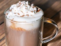 homemade-hot-chocolate-vertical