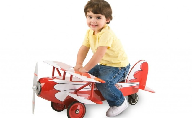 Best Toy Airplanes For Children To Ride
