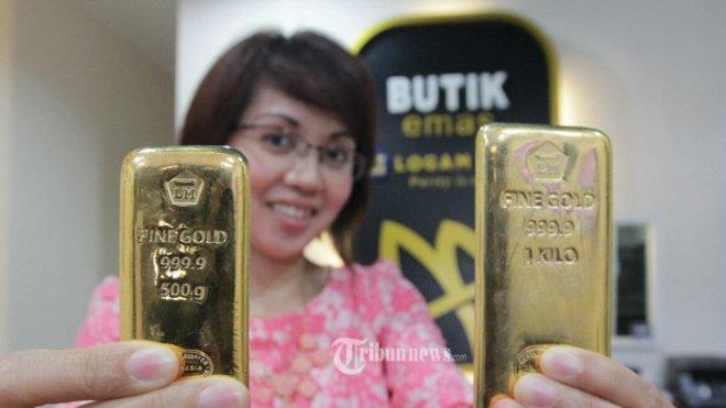 Harga emas Antam turun 2000 per gram