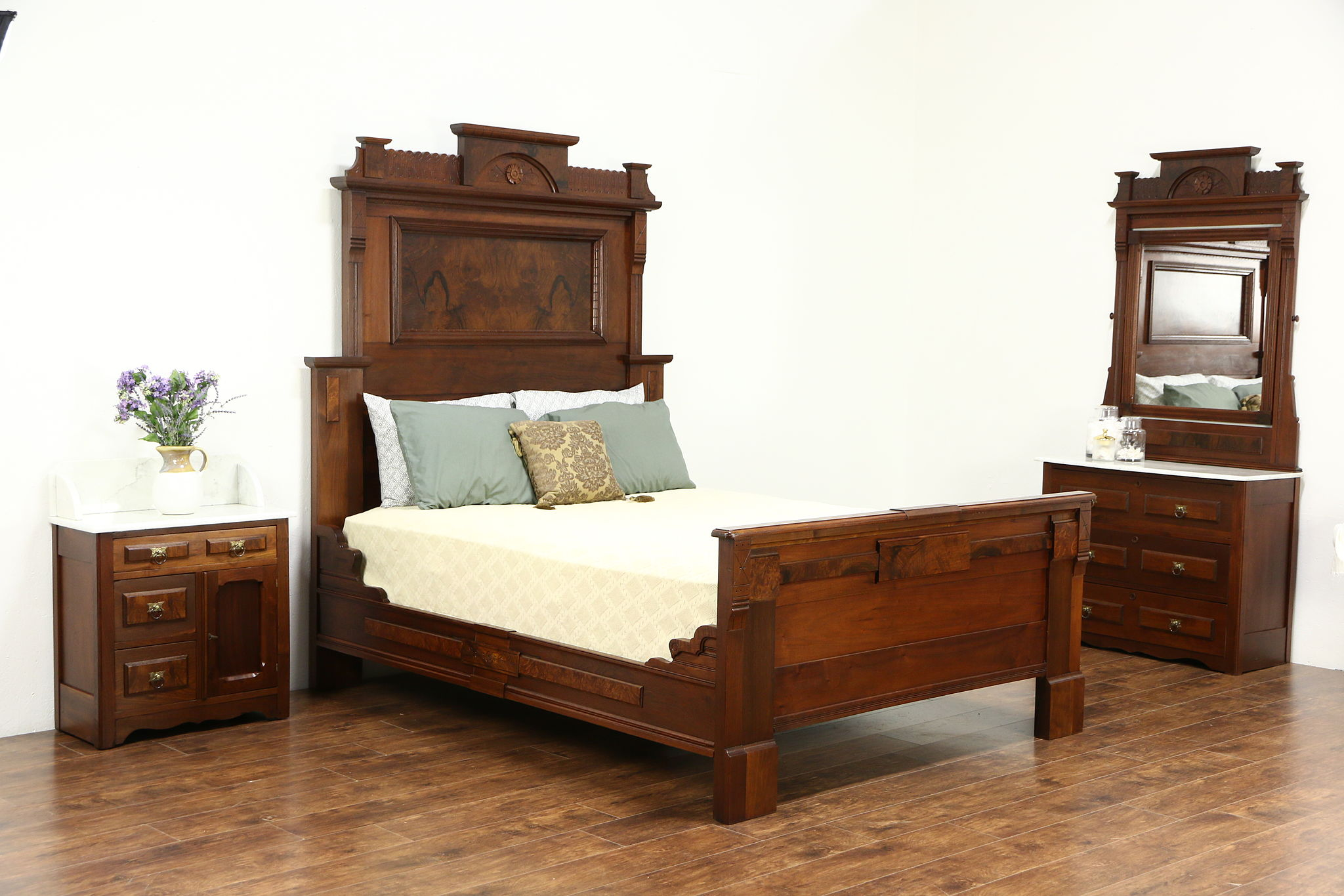 Sold Victorian 1880 Antique Walnut Queen Size Bed Only