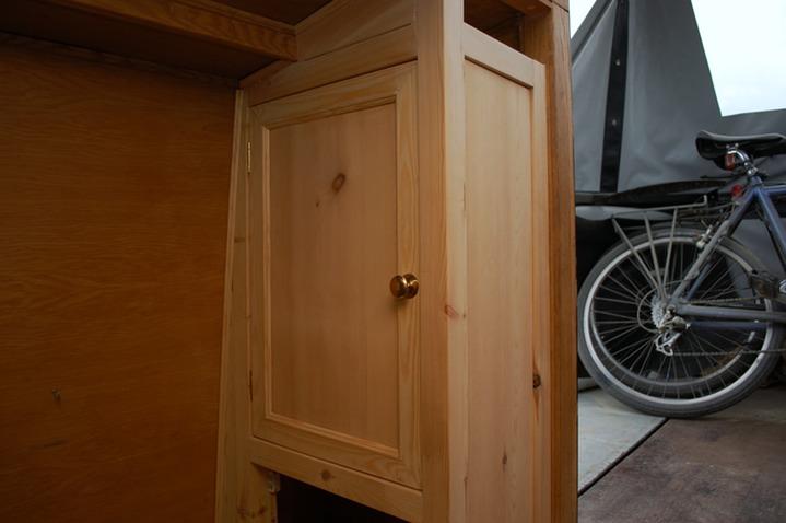 Narrowboat Storage And Glasses Cabinet Harrison Fine
