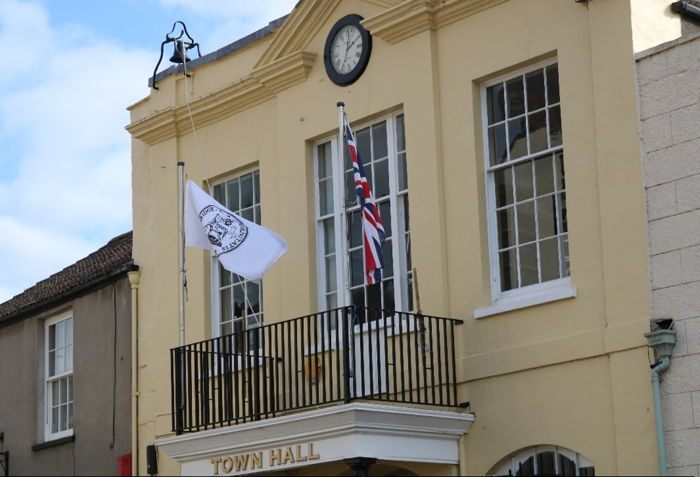 AXBRIDGE REVIEW NEWS: a fascinating article by John Page on the history behind the Axbridge Flag and an insight into the work of the Town Trust