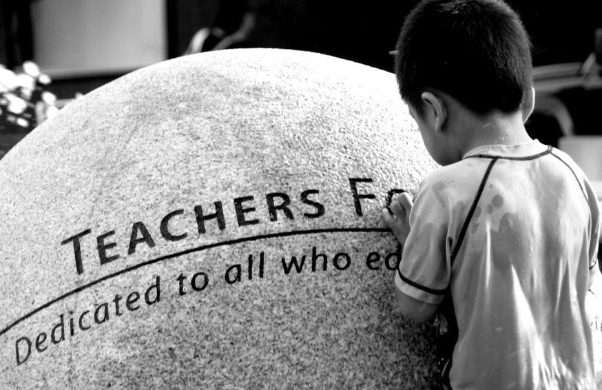Pendidikan Karakter Berbasis Kesyirikan dan Kekafiran