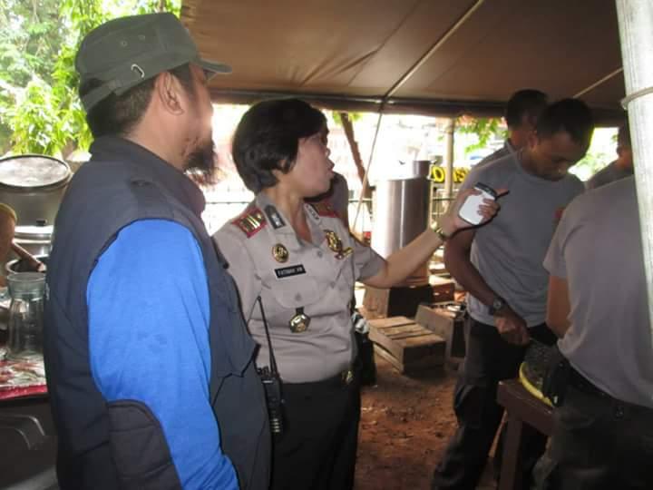 Bakti Sosial HASMI saat Banjir di DKI Jakarta