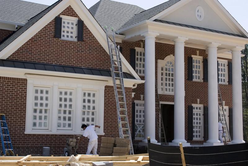 Haus streichen lassen » Die Kosten am konkreten Beispiel berechnet - was kostet fassade streichen