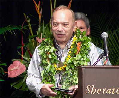 Former Governor John Waiheʻe  honored with the Lifetime Achievement Award