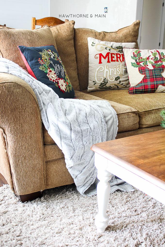 3 Fail Proof Holiday Decor Ideas u2013 HAWTHORNE AND MAIN - decorative christmas pillows