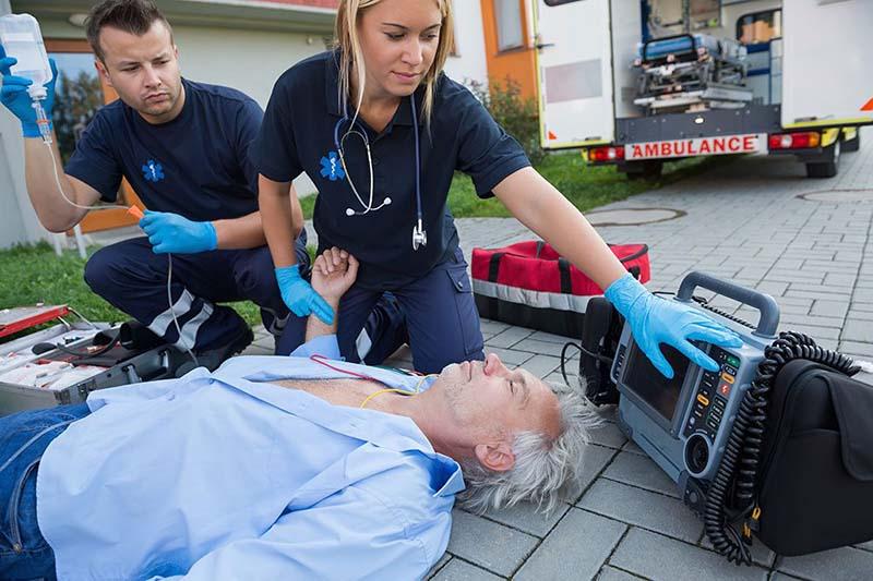emts and paramedics - Alannoscrapleftbehind - paramedic job description