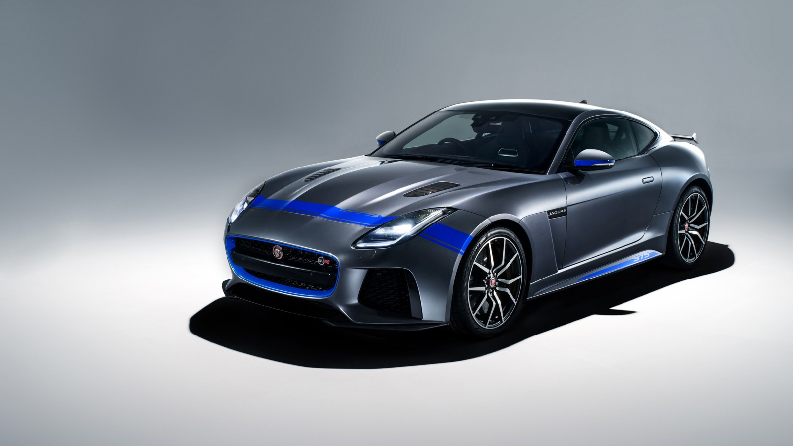 Ultra Hd Wallpapers 8k Cars Pack 2018 Jaguar F Type Svr Graphic Pack Coupe 4 Wallpaper Hd